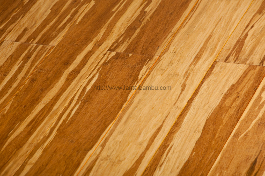 Strand woven tiger bamboo flooring gbamboo lantai bambu for Bamboo flooring outdoor decking